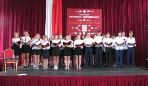 Z pieśnią przez dzieje Polski